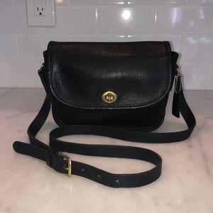 Vintage Coach Black Leather Crossbody Shoulder Bag